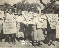 Women protest over having to carry pass books, Cape Town