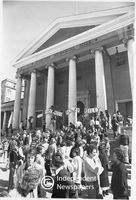 Protesters gather on Jammie steps, Cape Town