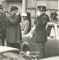 Police major issuing instructions, Cape Town