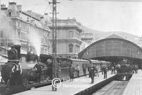 Steam trains at Cape Town Station, circa 1900