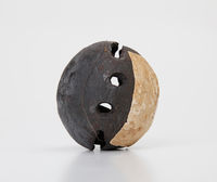 Iron vessel rattle with one pellet