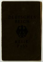 Deutsches Reich Reisepass (passport), dating from the First World War to the end of the Second World War, and a notice given out by the reigstration office in Hilversum, 1933