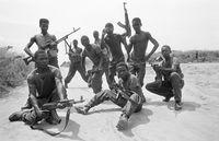 Forças Armadas Angolanan show their weapons
