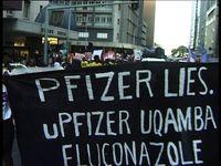Banner: Pfizer lies.