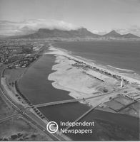 Aerial view of Woodbridge Island, Cape Town